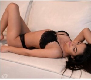 Chaneze outcall escort in Mukilteo